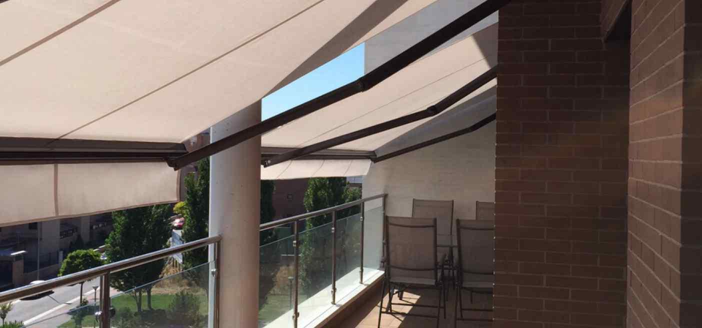 Cortinas toldo para terrazas awesome en rdl carpas y - Materiales para toldos ...